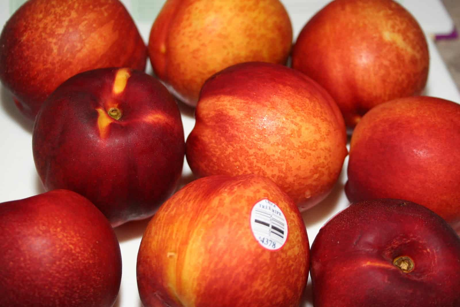 Nectarines whole - The Not So Modern Housewife