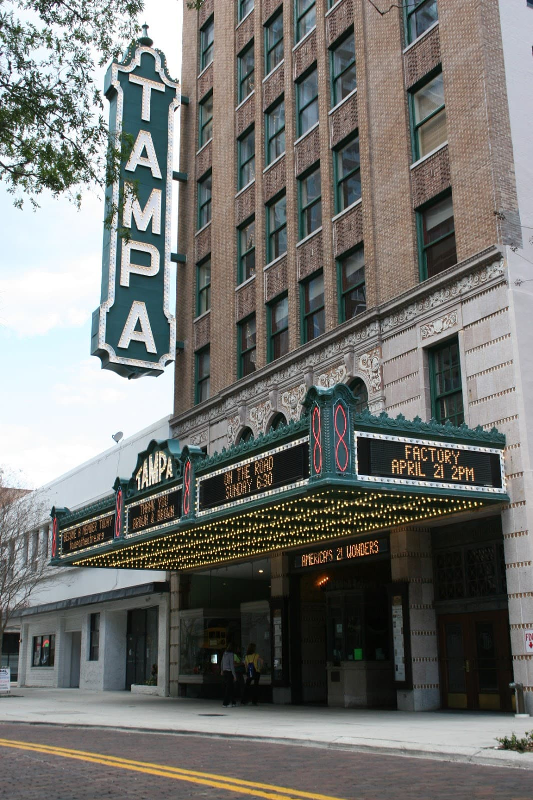 classic family favorite movies at the tampa theatre spon