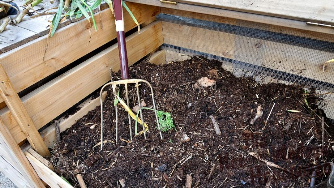 5 Little Known Ways to Find Cheap Compost